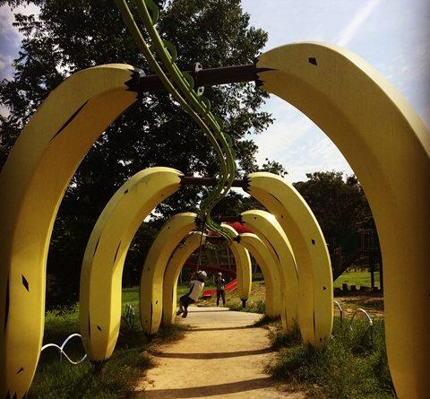 浜松フルーツパークのバナナの遊具