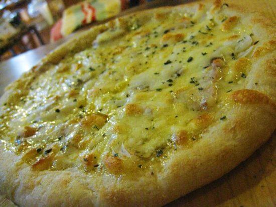 伊豆かたつむりの石窯ピザ