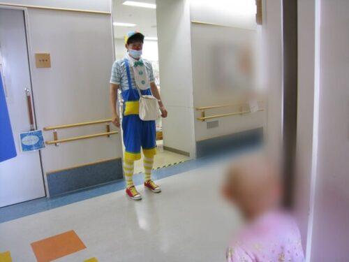 クリニクラウンが病棟にやってきた